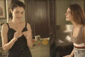 Leila e Betina em cena da novela Amor de Mãe - Foto: Reprodução