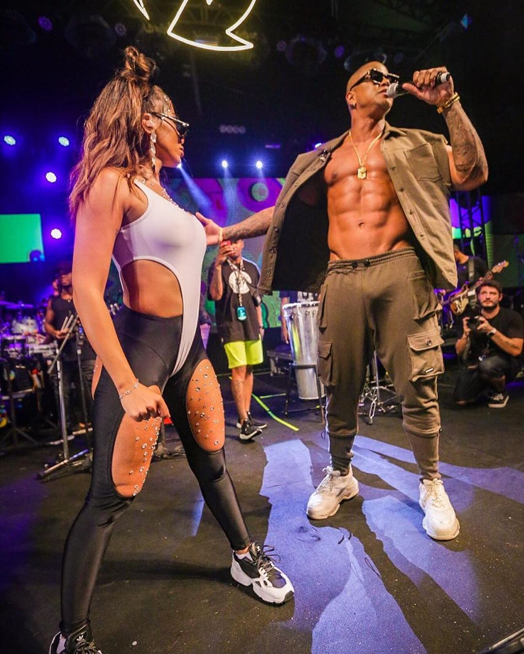 Léo Santana e Anitta levam internautas à loucura (Foto: Reprodução/Instagram)