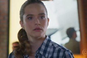 Luna (Juliana Paiva) revelará segredo após flagra em Salve-se Quem Puder (Foto: Reprodução/Globo)