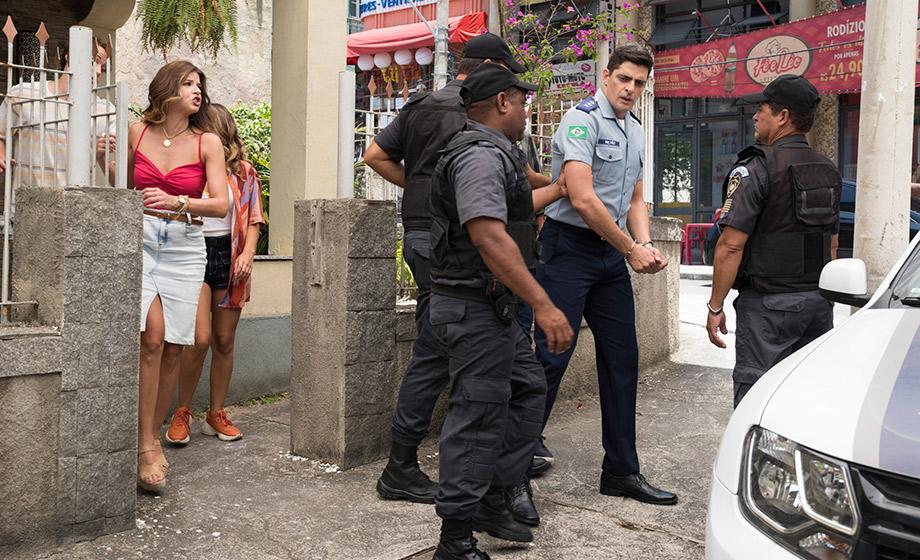Marco Rodrigo vai preso para o surto de Carla em cena de Malhação Toda Forma de Amar