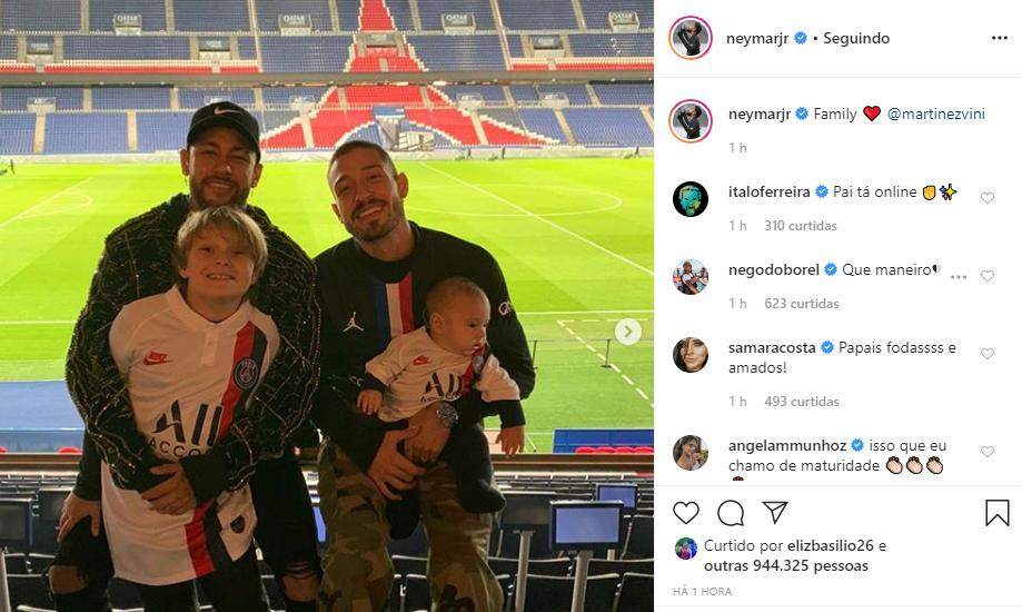 Neymar posou com Vinicius Martinez, Davi Lucca e o pequeno Valentim