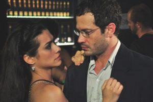 Globo vai exibir o filme Qualquer Gato Vira-Lata na Sessão da Tarde de hoje (Foto: Reprodução)