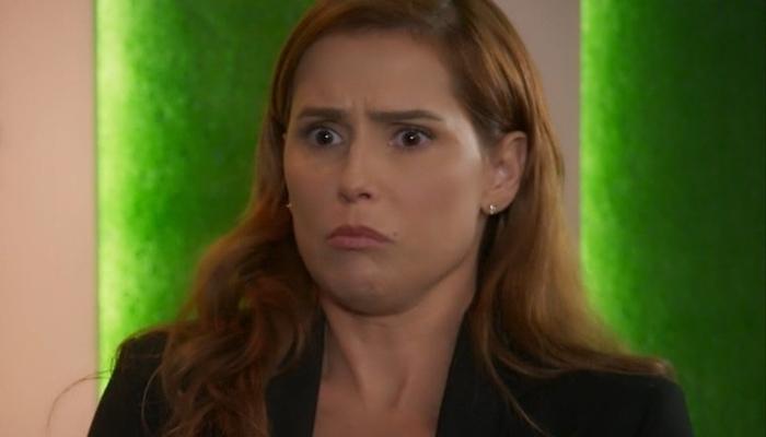 Alexia em cena de Salve-Se Quem Puder (foto: reprodução/TV Globo)