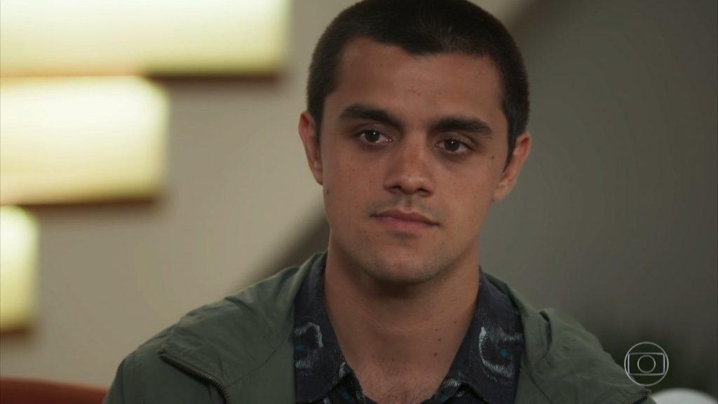 Téo (Felipe Simas) em Salve-se Quem Puder (Foto: Reprodução/Globo)