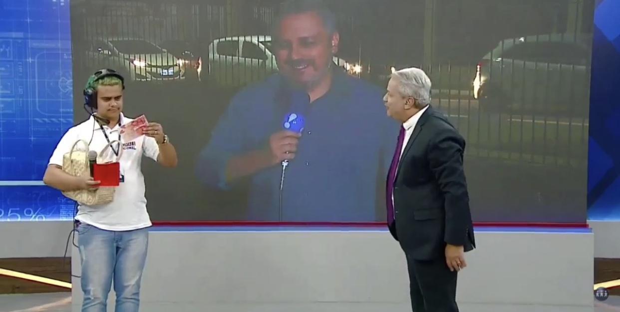 Emerson Tchalian contracena com Wallacy Bruno e Sikêra Jr. no Alerta Nacional (foto: reprodução/RedeTV!)