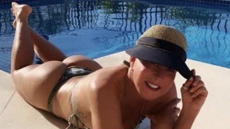 Zilu Camargo e seu biquini arrasador (foto: reprodução/Instagram)
