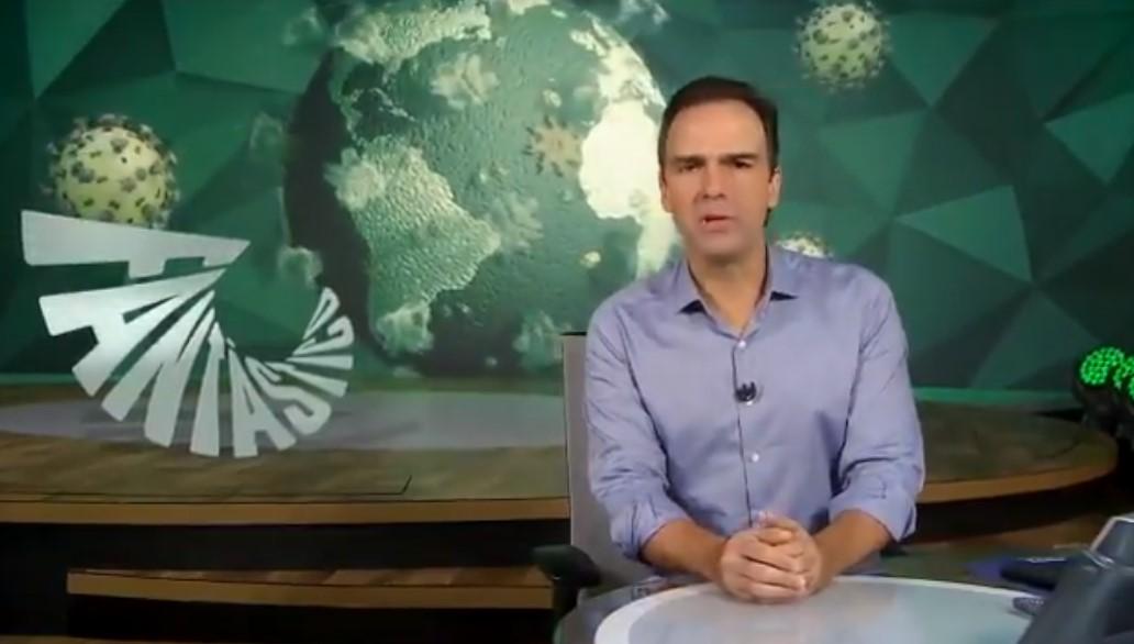 Tadeu Schmidt no comando do Fantástico, da Globo - Foto: Reprodução
