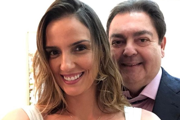 Luciana Cardoso ao lado de Faustão (Foto: Reprodução)