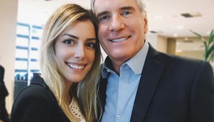 Roberto Justus ao lado da filha, Fabiana. (Foto: Reprodução)