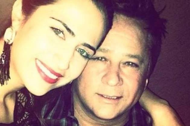 Jéssica Costa ao lado do pai, o sertanejo Leonardo (Foto: Reprodução)
