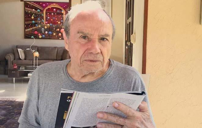 Stênio Garcia foi demitido da TV Globo após cerca de 40 anos na emissora carioca (Foto: Reprodução)