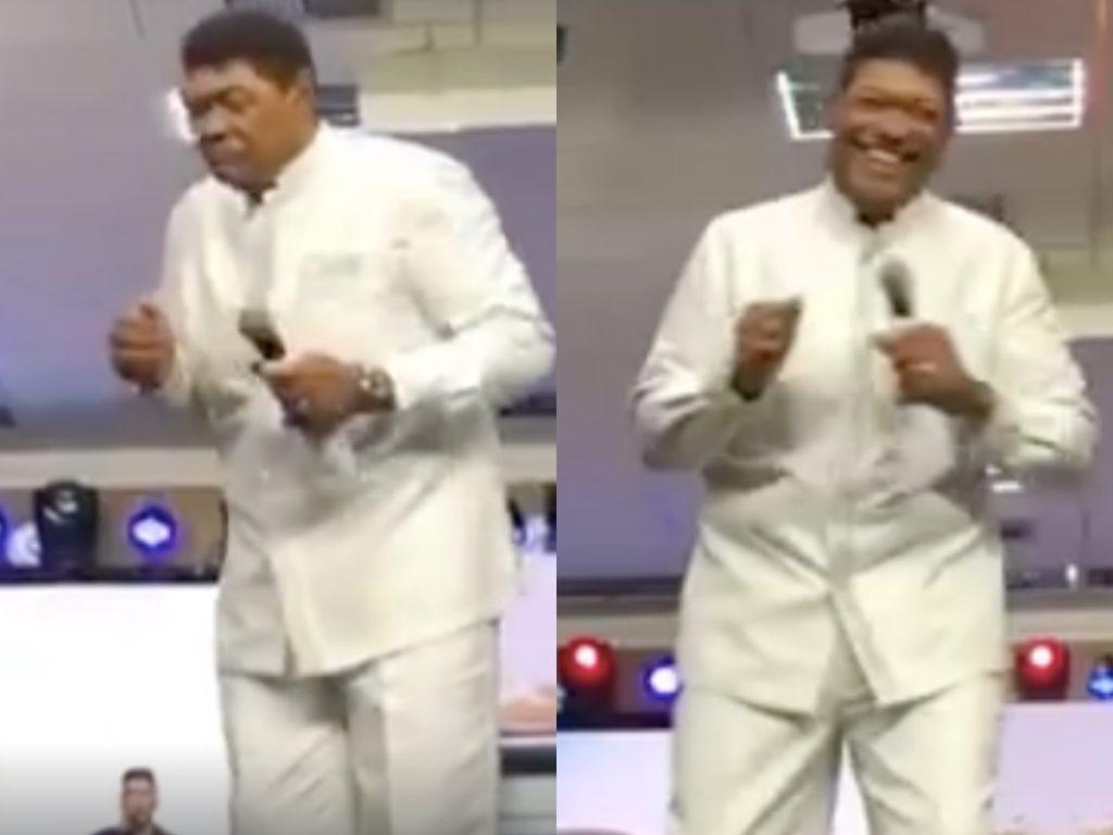 O fundado da Igreja Mundial do Poder de Deus, Valdemiro Santigo deixou os seus fiéis abismado após dançar em cima de púlpito no meio da pregação (Foto: Reprodução/facebook)