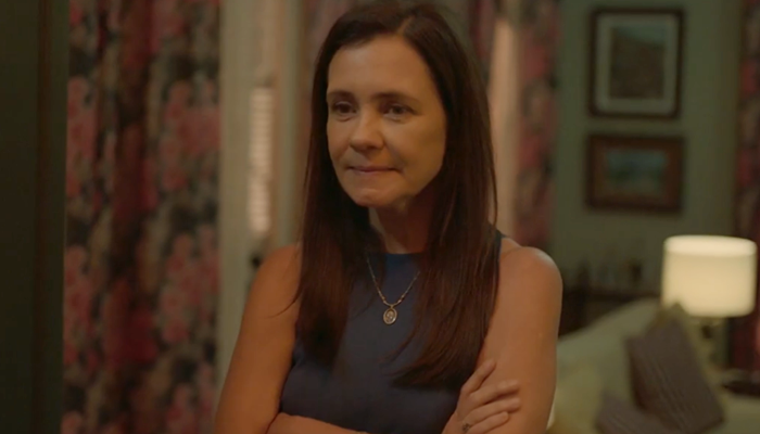 Thelma (Adriana Esteves) em Amor de Mãe; assassinato da vilã encerrará primeira temporada da novela das nove (Foto: Reprodução/Globo)