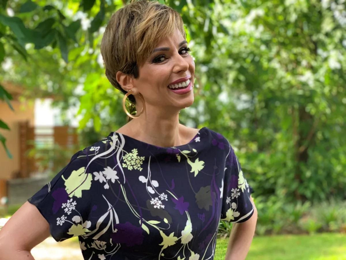 Ana Furtado com um novo visual, no 'É De Casa' (Foto: reprodução/Globo)