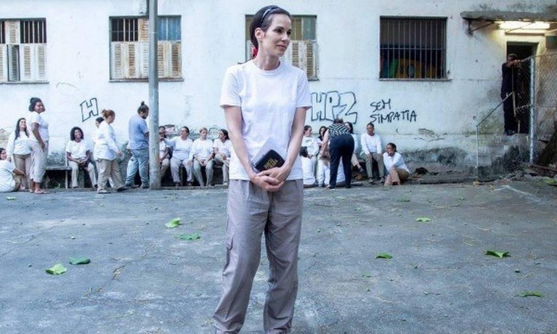 A atriz como Gerusa, em 'A Dona Do Pedaço' (Foto: reprodução/Globo)