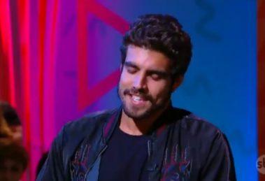 Caio Castro durante participação no Programa da Maísa - Foto: Reprodução