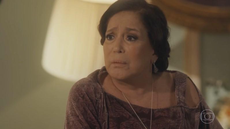 Emília (Susana Vieira) vai se redimir na reta final da novela Éramos Seis (Foto: Reprodução/Globo)