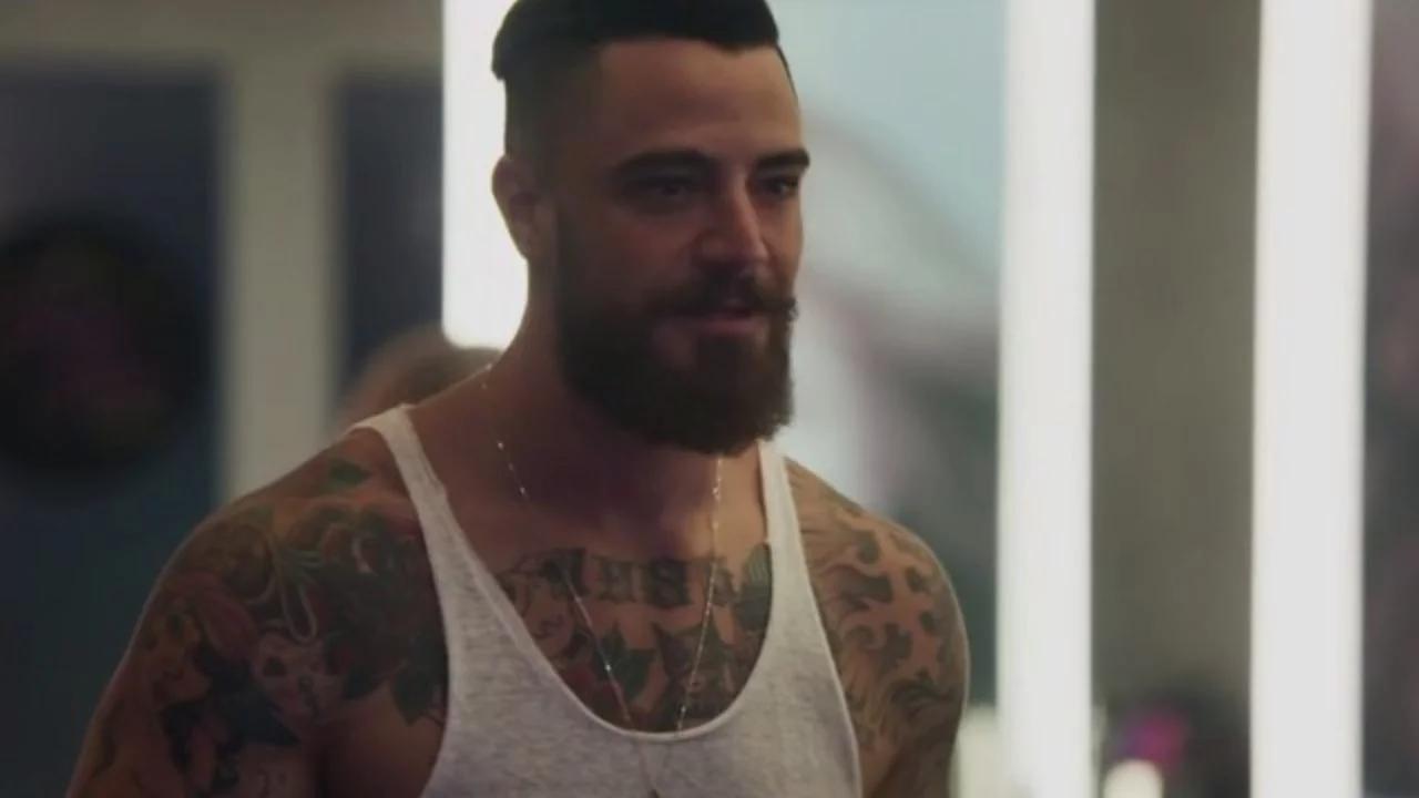 O ator em 'O Outro Lado do Paraíso' (Foto: reprodução/Globo)