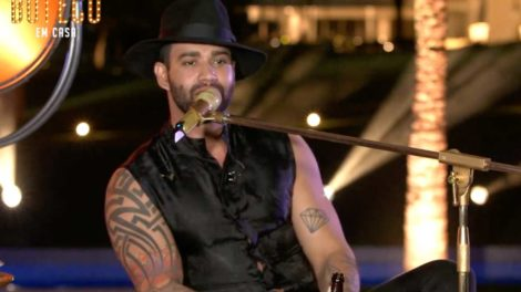 Gusttavo Lima fez show de casa em quarentena - Foto: Reprodução
