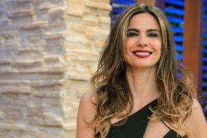 Luciana Gimenez no Superpop (Foto: reprodução/RedeTV!)