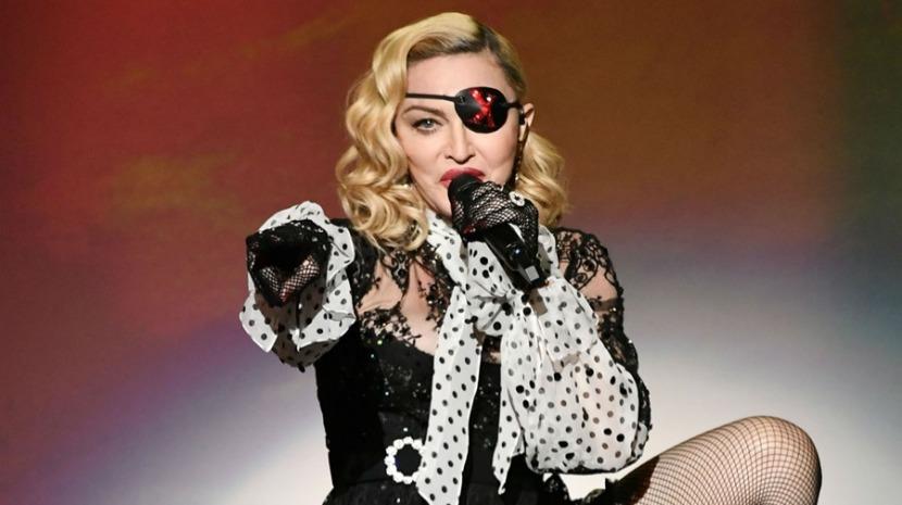 Madonna presta homenagem a ator que morreu vítima de coronavírus (Foto: Reprodução)