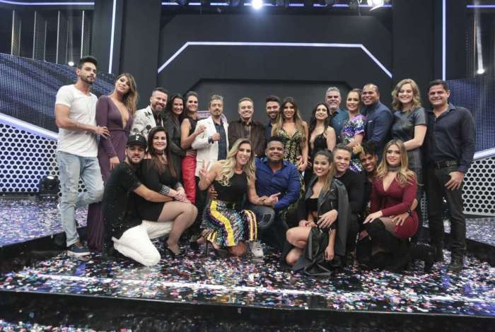 Record optou por cancelar a nova temporada do Power Couple (Foto: Divulgação)