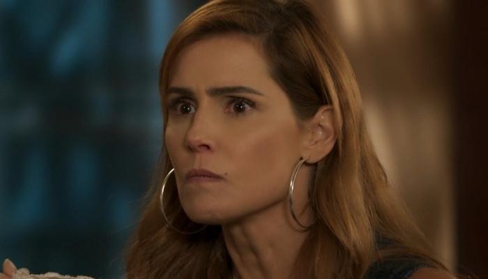 Alexia (Deborah Secco) será surpreendida por Renzo (Rafael Cardoso) em Salve-se Quem Puder (Foto: Reprodução/Globo)