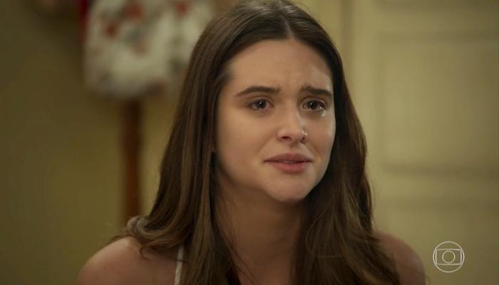 Luna (Juliana Paiva) acabará humilhada em público e levará a pior em Salve-se Quem Puder (Foto: Reprodução/Globo)