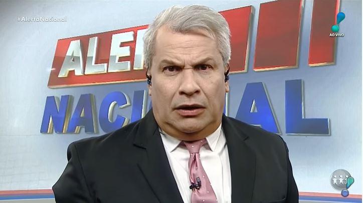 Sikêra Jr foi detonado após usar termos preconceituosos em seu programa (Foto: Reprodução/RedeTV!)