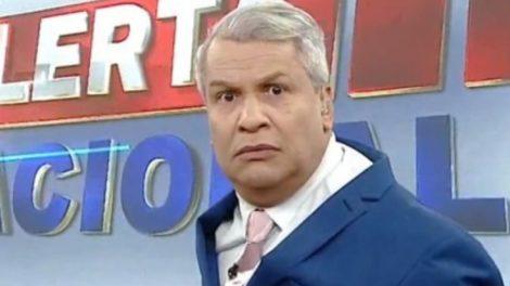 Sikêra Jr foi homenageado por Jair Bolsonaro (Foto: Reprodução/RedeTV!)