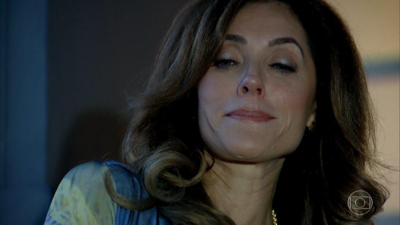 Tereza Cristina na novela Fina Estampa faz confissão apavorante