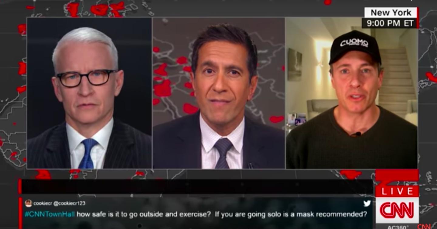 O jornalista e apresentador da CNN, Chris Cuomo contou como tem lidado com o coronavírus durante uma transmissão ao vivo no jornal da CNN (Foto: reprodução)