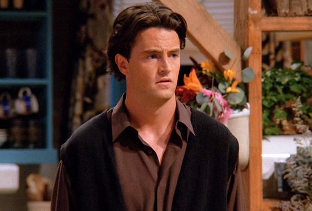 Com depressão, Chandler Bing da série Friends surge totalmente irreconhecível (Foto: Reprodução)