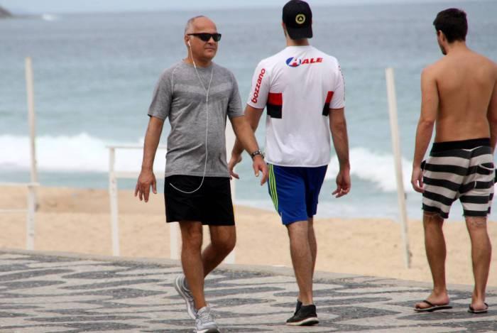 Diretor de jornalismo da Globo descumpriu ordem de isolamento social (Foto: AgNews)
