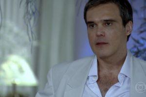 Dalton Vigh (René) em Fina Estampa; ator teve virada após deixar a Globo (Foto: Reprodução/Globo)