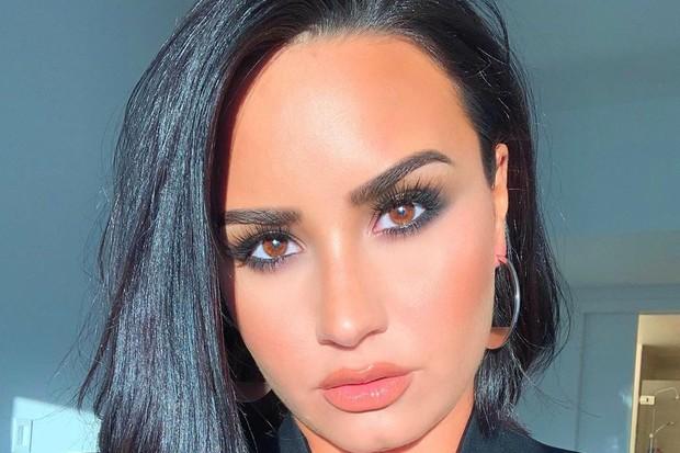 Demi Lovato tem foto vendida na web e surpreende-se (Foto: Reprodução)