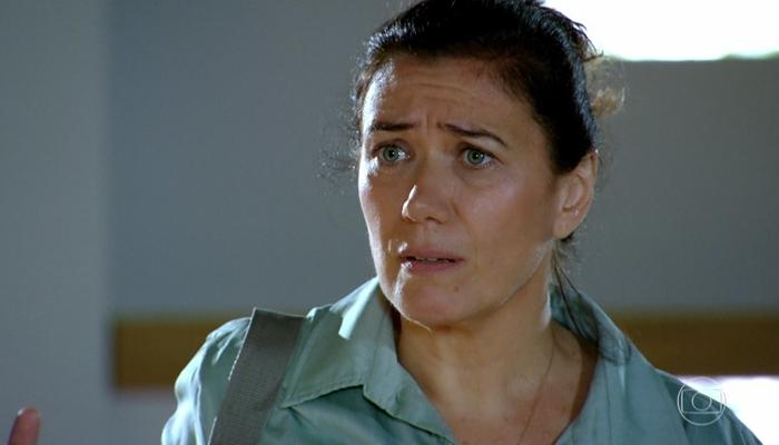 Griselda (Lilia Cabral) ficará apavorada com a volta do marido em Fina Estampa (Foto: Reprodução/Globo)