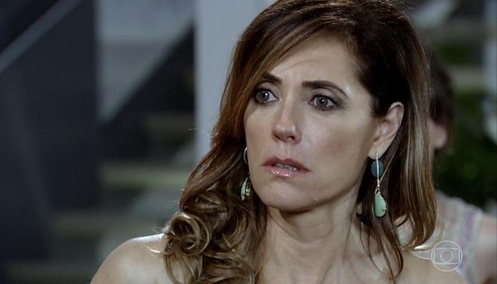 Tereza Cristina (Christiane Torloni) esconde segredo em Fina Estampa (Foto: Reprodução/Globo)