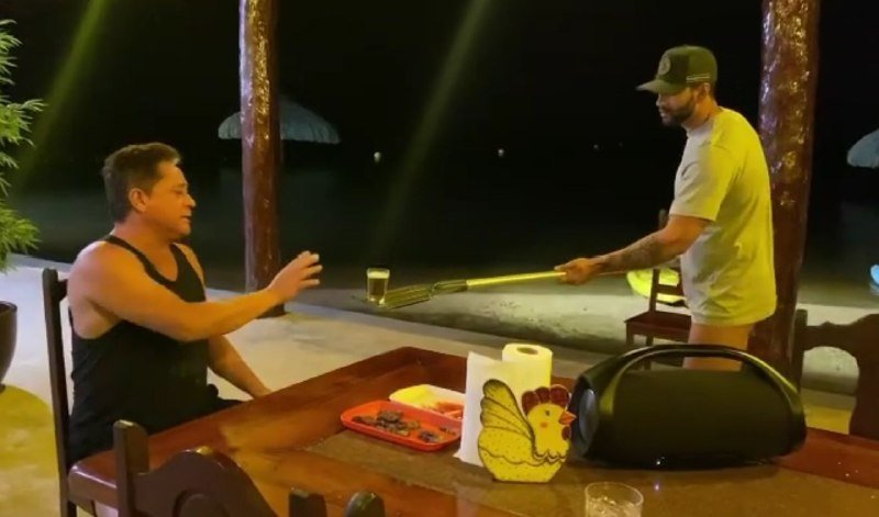 Gusttavo Lima e Leonardo surgiram se divertindo em vídeo por conta da distância relacionada ao Coronavírus