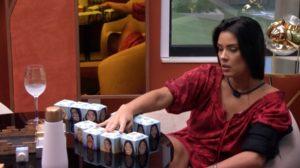 """BBB20: Ivy chamou Thelma de """"enfeite de pódio"""" durante a última madrugada (Foto: reprodução/Globoplay)"""