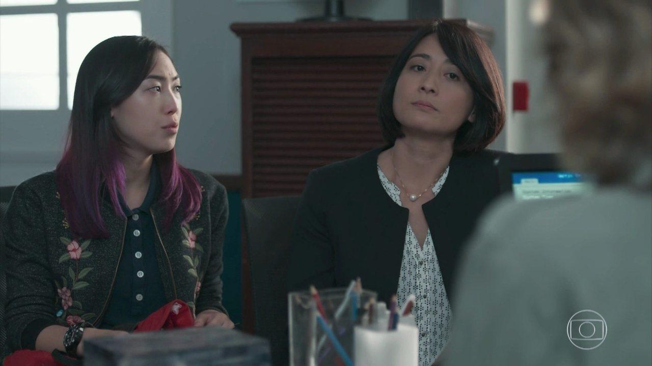 Mitsuko e Tina lavam roupa suja no colégio Grupo