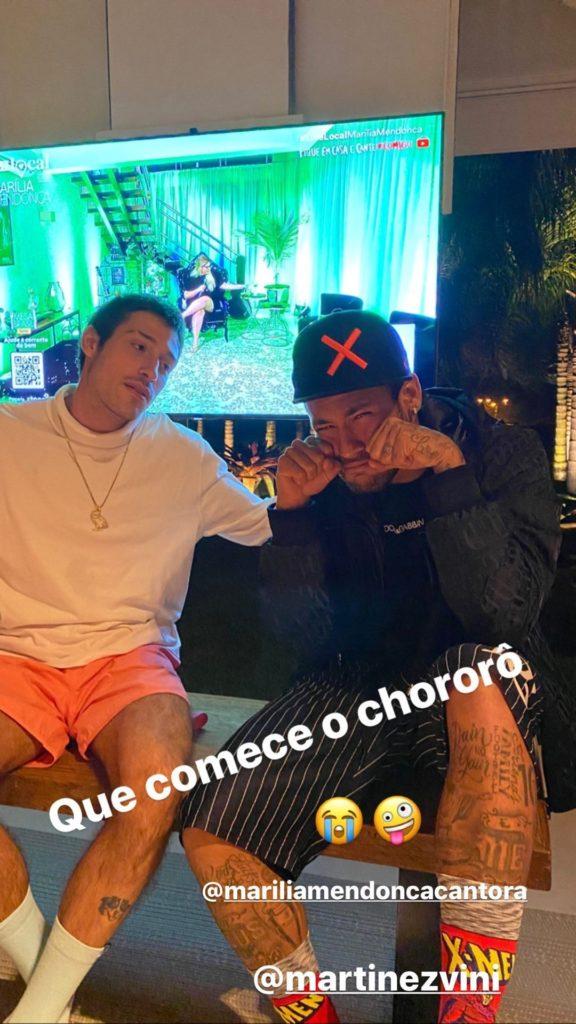 Neymar surge ao lado de marido de ex (Foto: Reprodução)