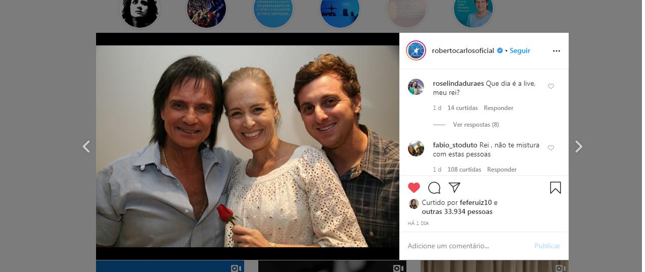 Roberto Carlos recebe críticas no Instagram ao surgir com Angélica e Luciano Huck Imagem Instagram)