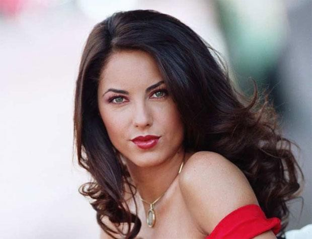 Após 16 anos, saiba como está Bárbara Mori, a protagonista da novela Rubi (Foto: Reprodução)