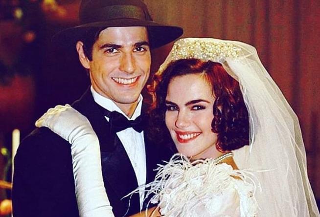 Ana Paula Arósio e Reynaldo Gianecchini na novela Esperança, de 2002 (Foto: Reprodução / TV Globo)