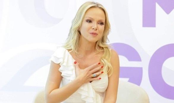 A famosa apresentador do SBT, Eliana (Foto: Reprodução)