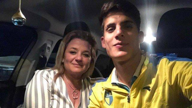 Tiago Ramos ao lado da ex que lhe acusou de agressão (Foto: Reprodução)