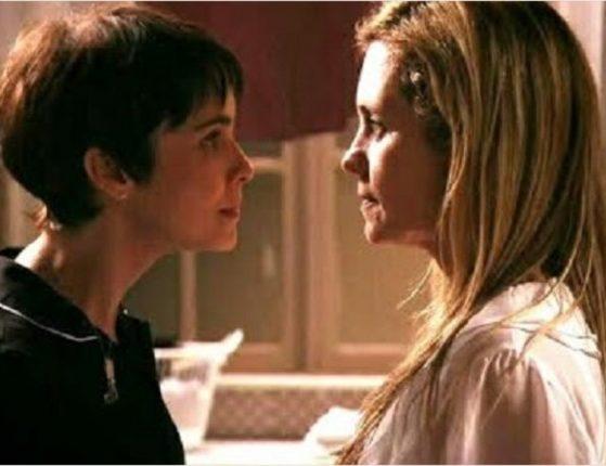 Nina e Carminha em cena da novela Avenida Brasil - Foto: Reprodução