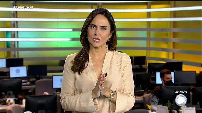 Carla Cecato voltou a apresentar o Fala Brasil após meses afastada por causa de um problema de saúde (Foto: Reprodução)