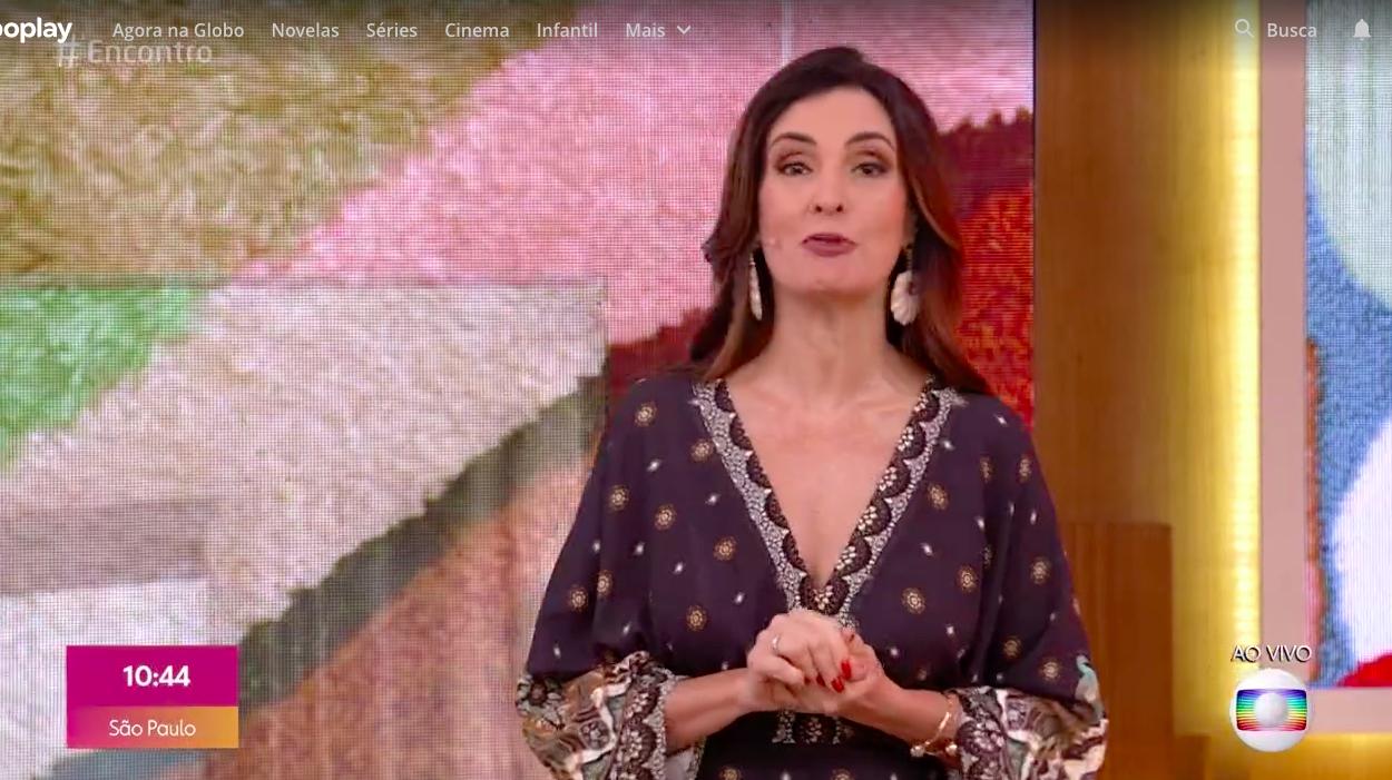 A apresentadora do Encontro emocionou os telespectadores ao anunciar a morte de um convidado (Foto: Reprodução/Globoplay)
